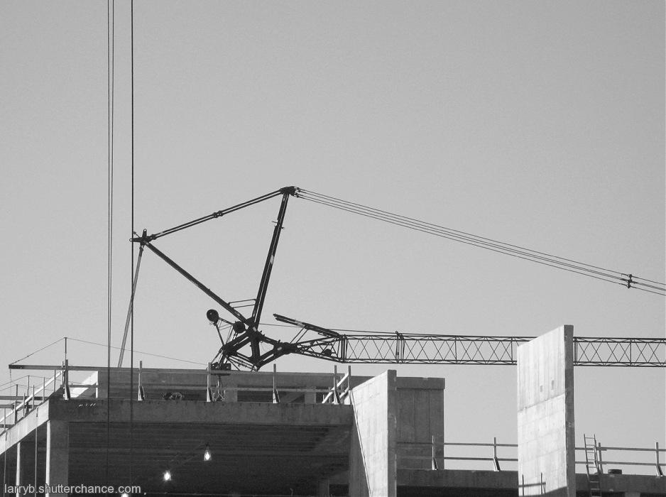 photoblog image New Crane on the Scene