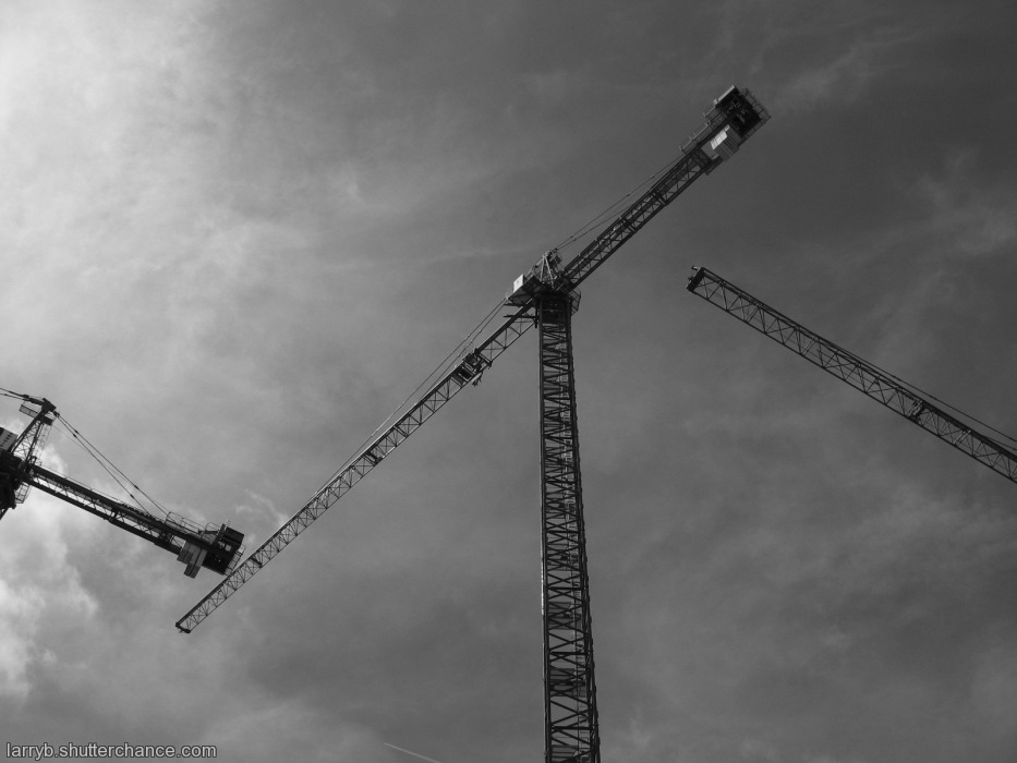photoblog image Chain of Cranes